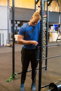 squat mobility routine latissimus stretch