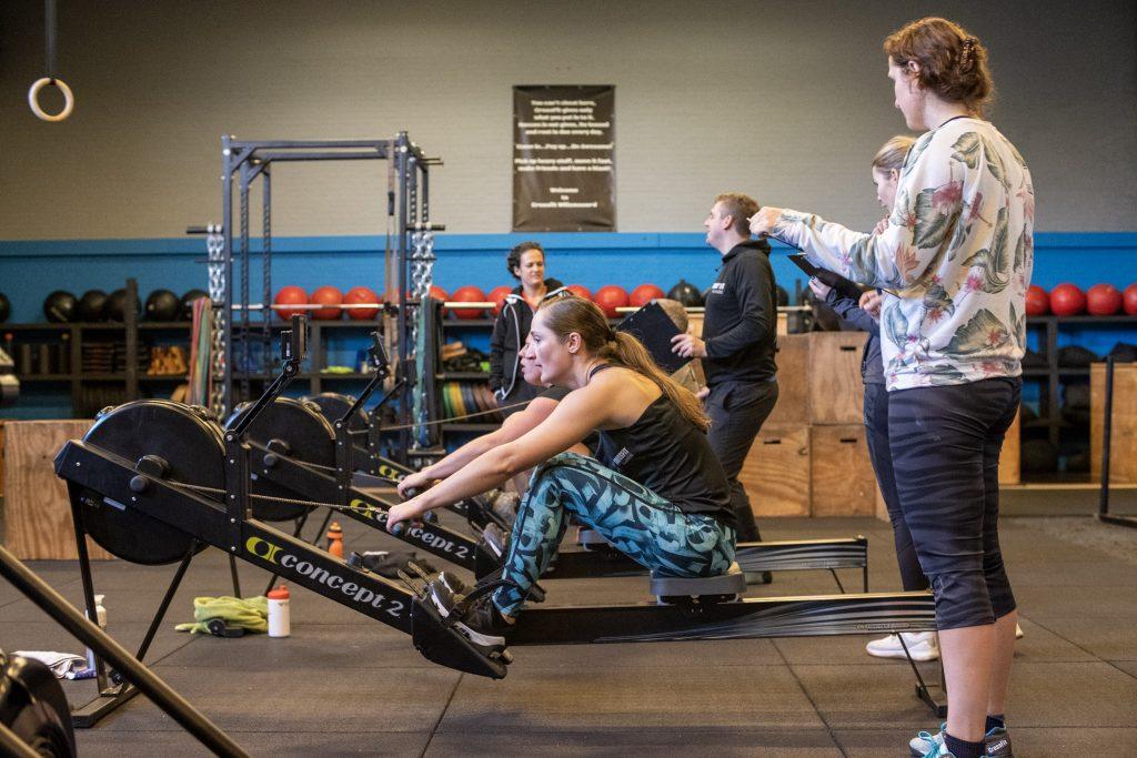 Roeien bij CrossFit Willemsoord in Den Helder