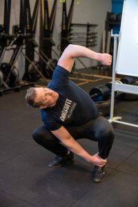 Deep squat rotation tussenpositie